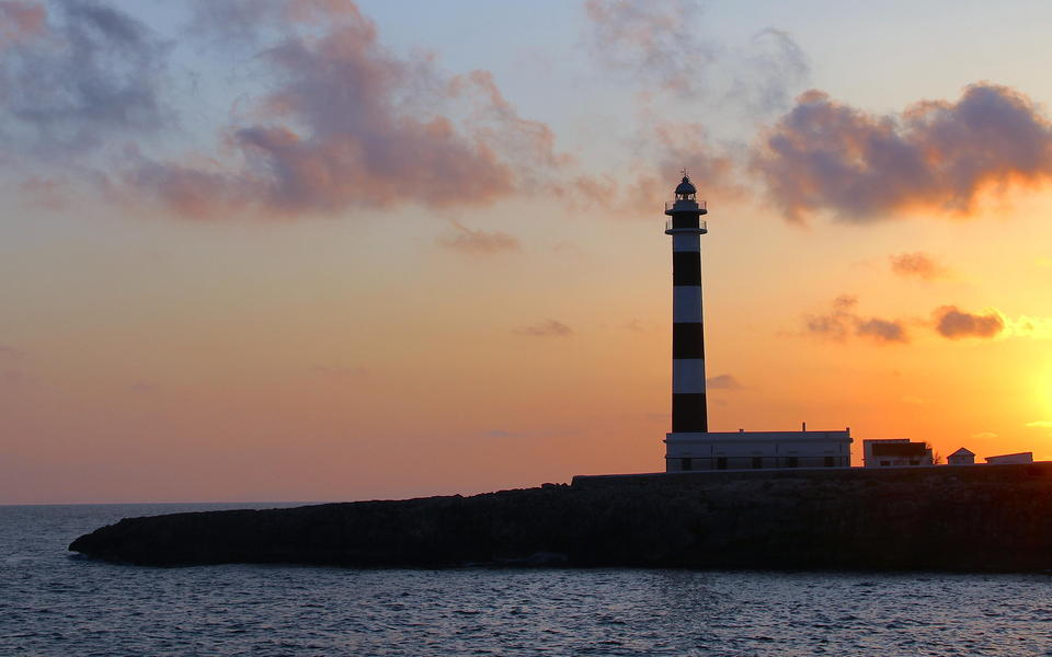 Sunset at d'Artrux lighthouse