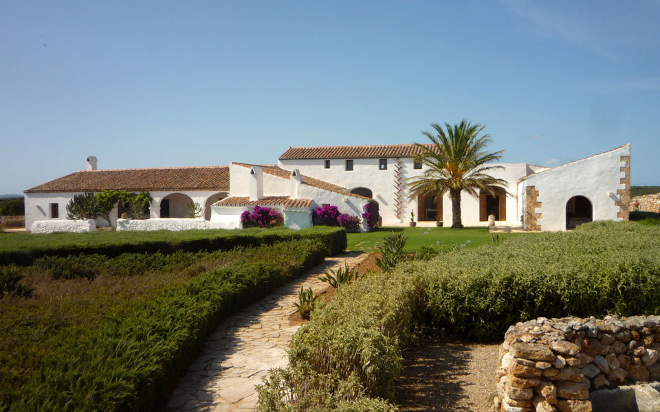 Fullscreen estate in menorca