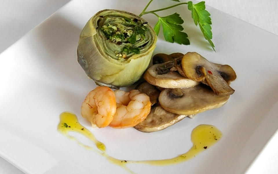 artichokes with prawns