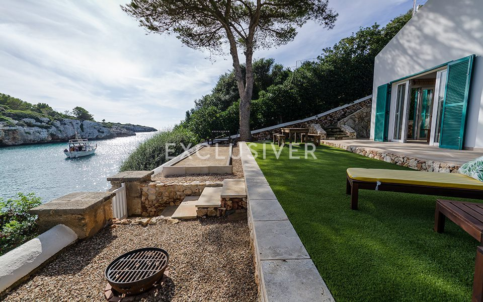 Terrace / barbecue with sea views
